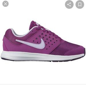 Nike purple downshifter 7 girls shoes